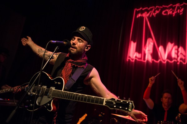 The Parlotones @ World Cafe Live (4/21/2013) | © Serge Levin