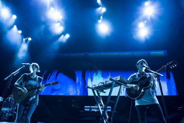 Tegan and Sara @ the Mann (7/19/2013) | © Serge Levin